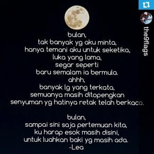 2 puisi bulan