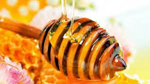 1 manfaat madu untuk kecantikan