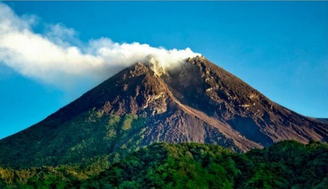 10 manfaat gunung