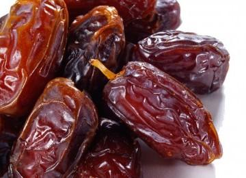 2 khasiat buah kurma