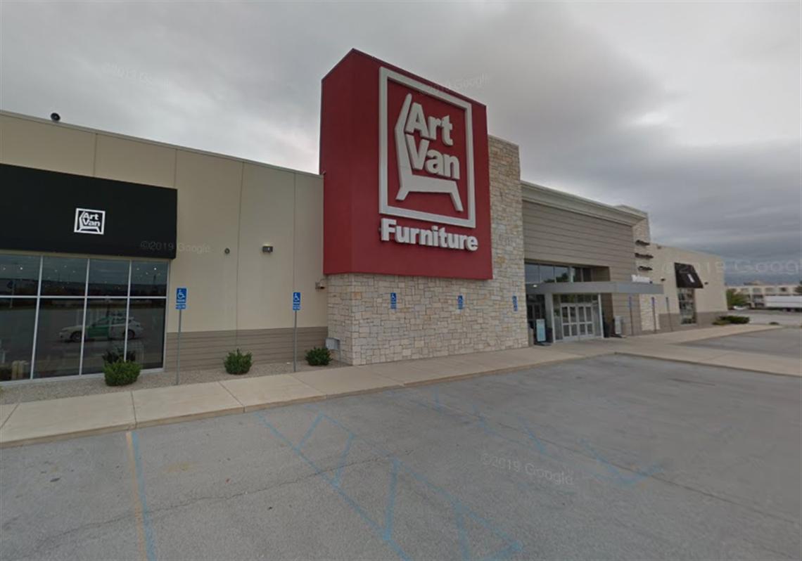Art Van To Close All Stores   Toledo Blade in Art Van Furniture Toledo Ohio