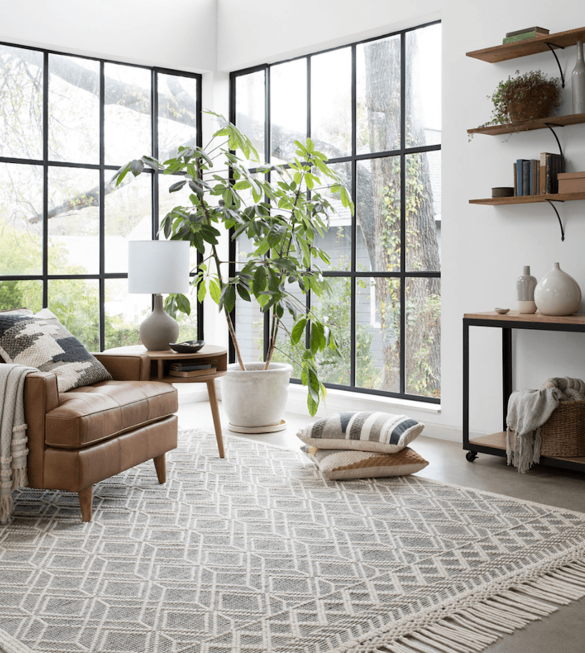 Do Homeowners On 'Fixer Upper' Get To Keep The Furniture? in Fixer Upper Keep Furniture