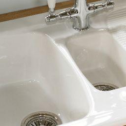 Wickes Farmhouse 1.5 Bowl Ceramic Kitchen Sink   Bowl Sink within Bathroom Sink Drain Cover