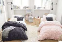 ห้องนอนคนละเตียงแต่ดูสวยมากๆ เน้นเตียงคนละสี เป็นสีดำและ regarding Small Bedroom Design For Women